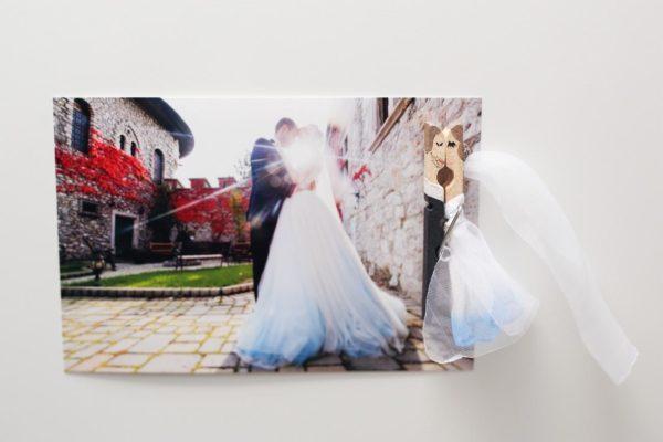 darceky pre svadobcanov, svadobne magnetky, svadobne stipceky, magnetky pre hosti, produktova fotografia katarina sedlakova fotky pre radost