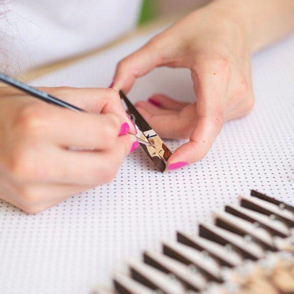 Svadobné darčeky pre hostí – magnetky vyrábané ručne.