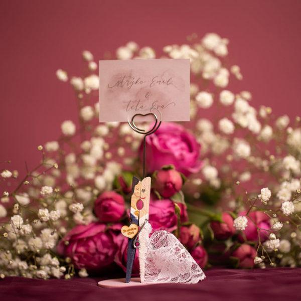 Menovky na svadbu a darček pre hostí v jednom.